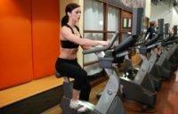 Упражнение на велотренажёре