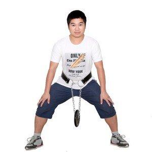 Приседания с весом на поясе