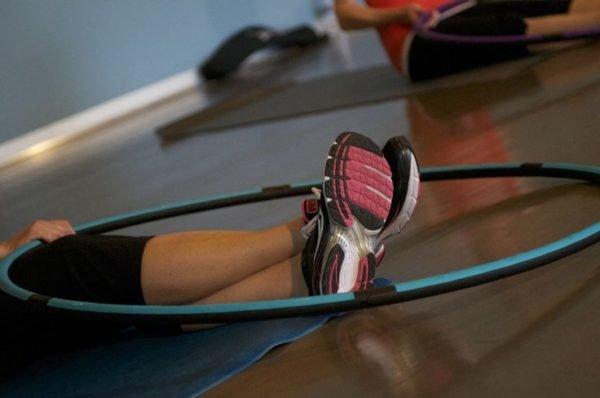 Тренировка с обручем для похудения